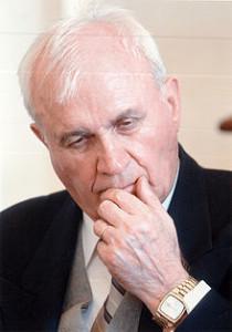 Scriitorul si ambasadorul Ion Brad