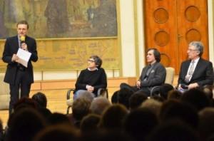 Ioan-Aurel Pop, Marta Petreu, MIrcea Cartarescu si Ilie Rad, pe scena din Auditorium Maximum