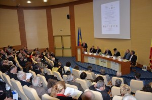 Deschiderea lucrarilor Congresului. Ioan David, Eugen Simion, Titu Bojin, IPS Salajan, Mircea Martin, Ilie Rad