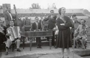 Maria Tanse pe front, 1942. Sursa: Agerpres Arhiva